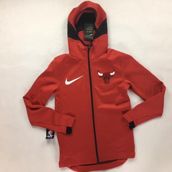 5277dc44aa79 Nike NBA Chicago Bulls Therma Flex Showtime Hoodie